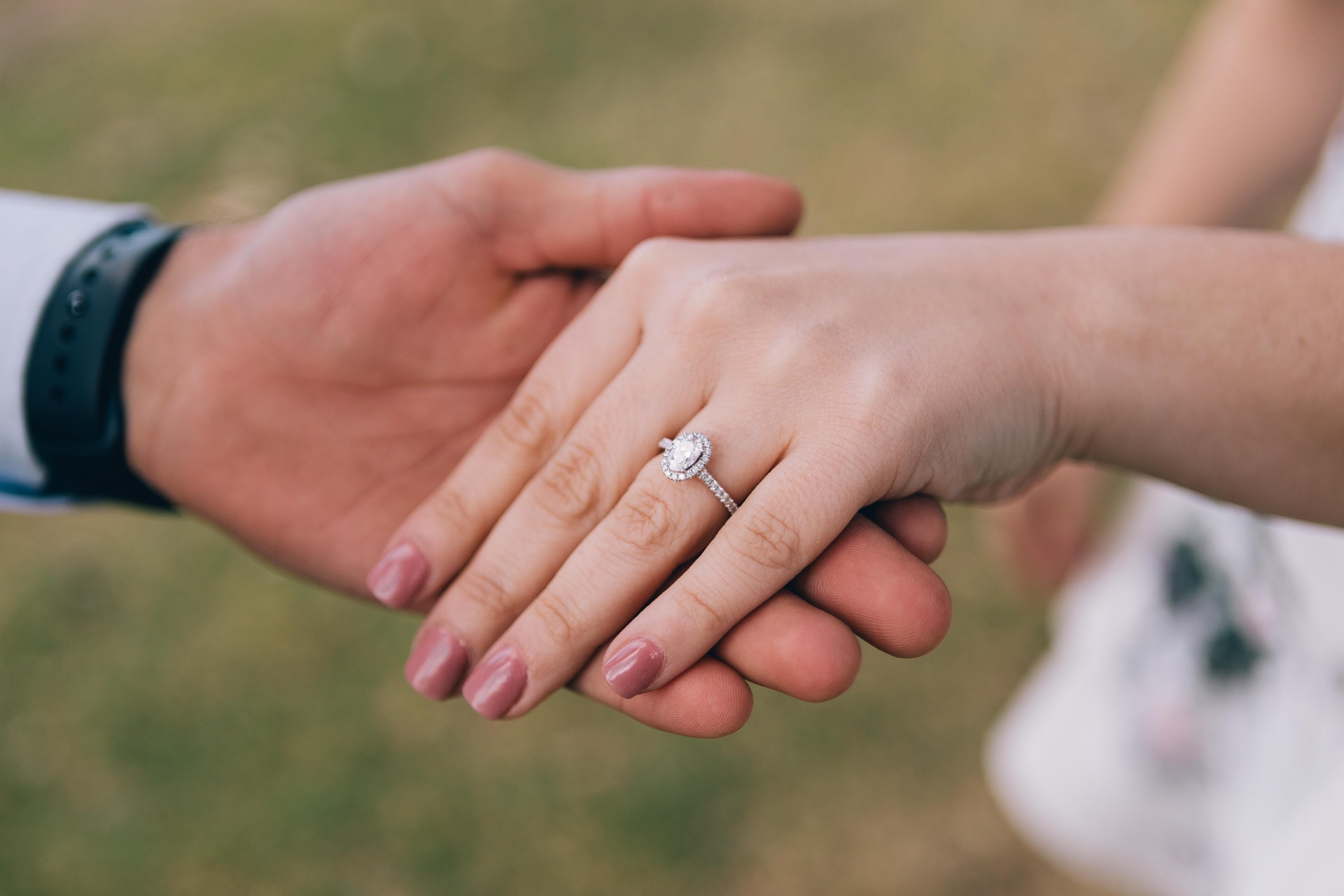 Engagement rings - Italian Wedding Traditions