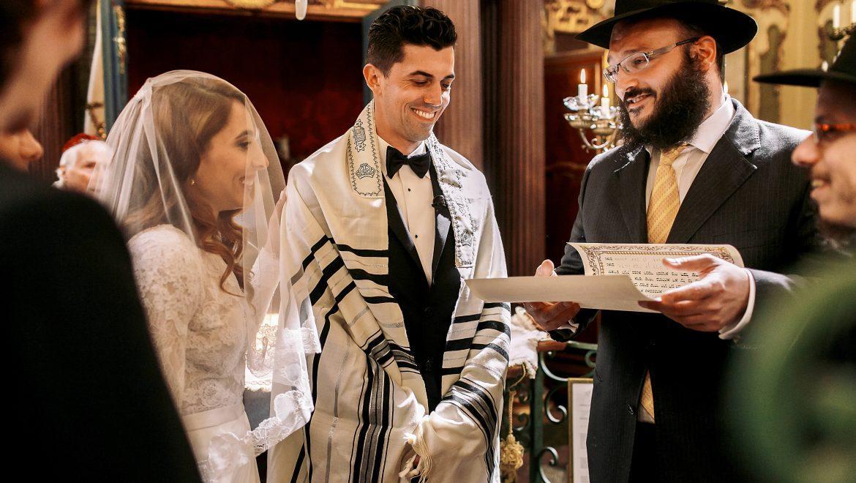 wedding traditions jewish style