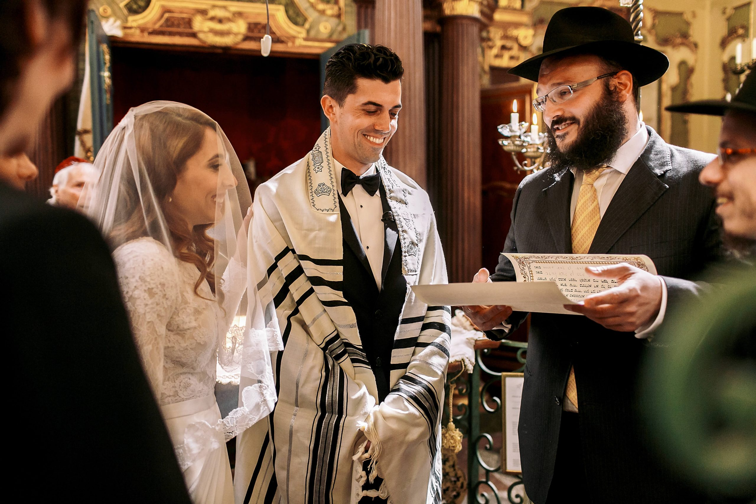8 Traditions You Can See at Jewish Wedding