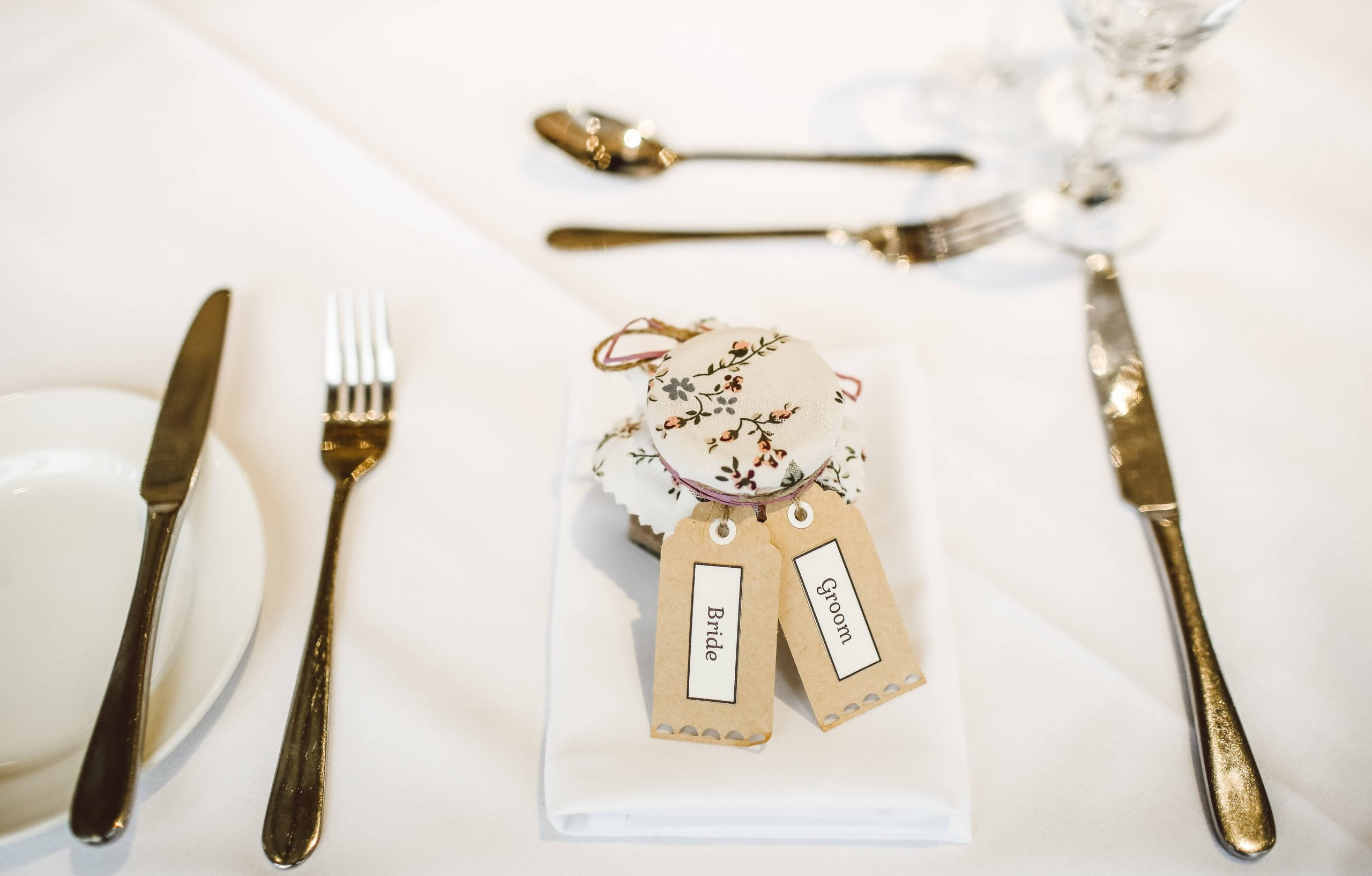 10 Useful Wedding Favour Ideas 2020