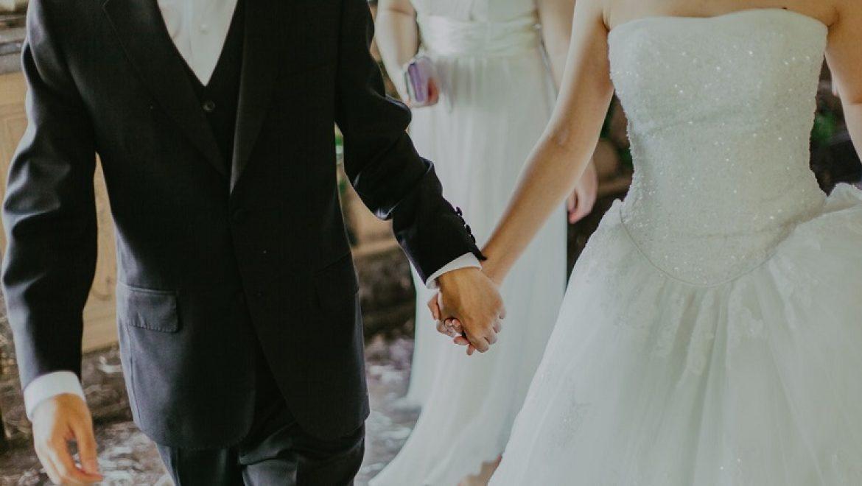 How to Plan a Secret Wedding
