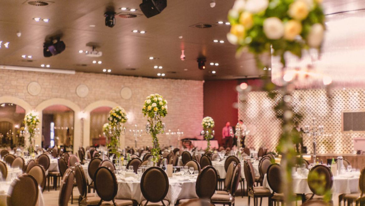Tour Our Clarence House Elegant Wedding Venues Today